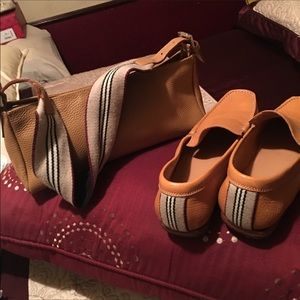 💯 authentic Burberry loafers